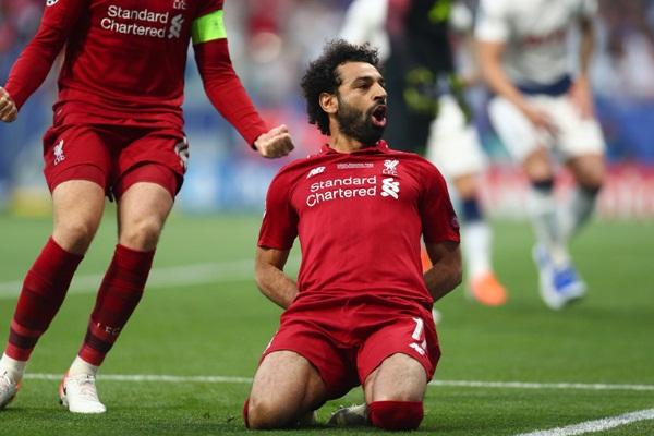 Liverpool menang 2 : 1 atas Tottenham