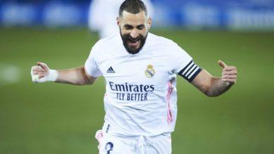 Photo of Karim Benzema, Seorang Diri Pertahankan Kans Real Madrid Musim Ini