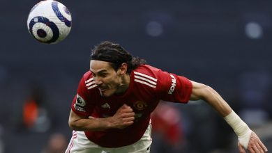 Photo of 4 Striker Top Bundesliga yang 'Pas' Gantikan Edinson Cavani di MU