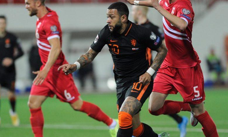 Maldini Terus Rayu Memphis Depay Agar Berlabuh ke Milan 1